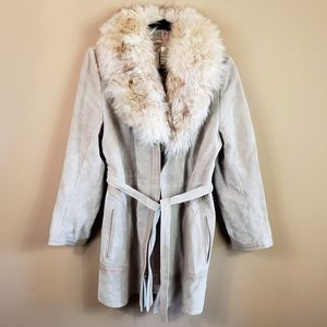 Vintage suede leather trim lambs fur collar coat